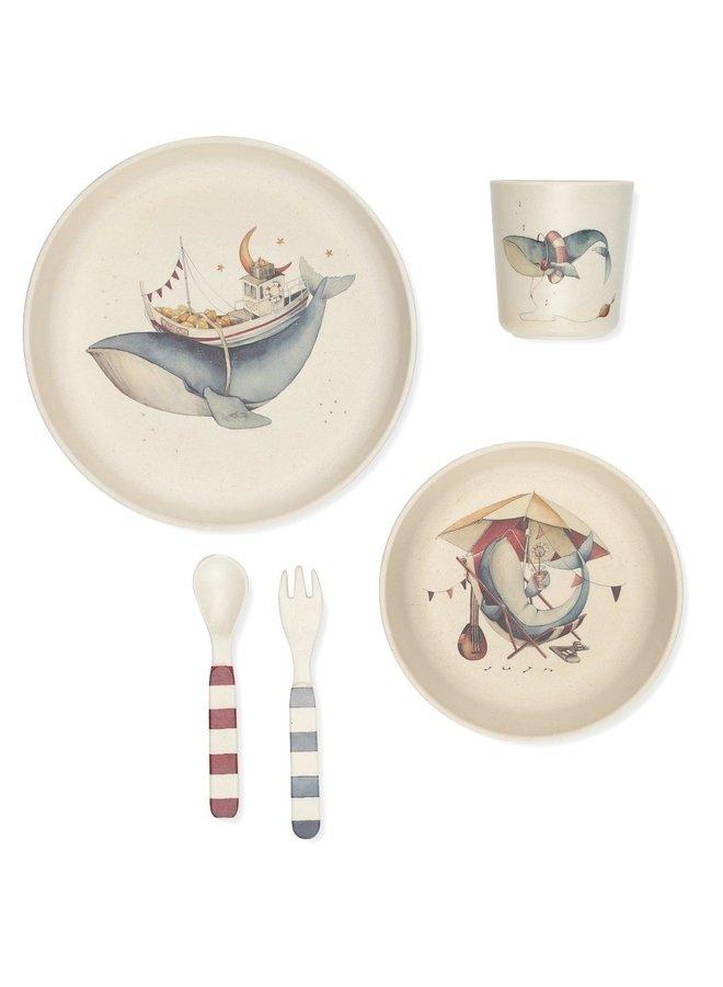 Konges slojd dinner set whale