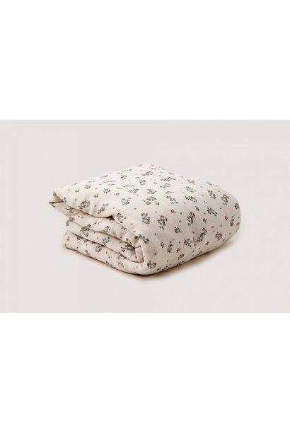 Garbo & Friends filled blanket clover