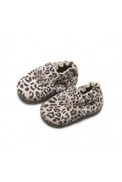 Mavies first steps leopard grey