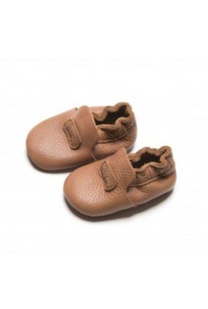 Mavies first steps brown