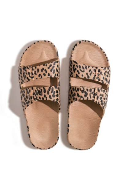 Freedom moses fancy slippers leo camel