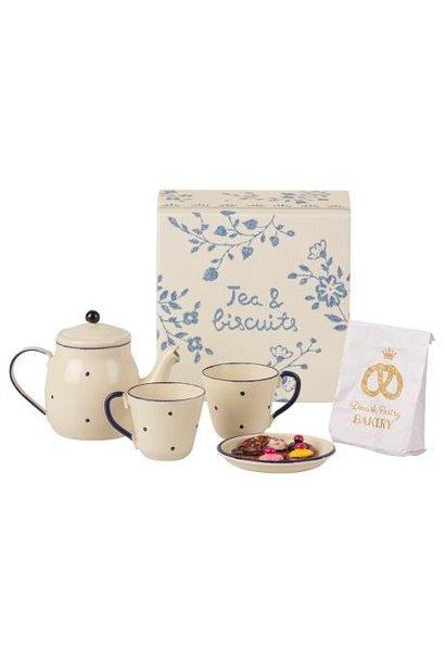 Maileg miniature tea set