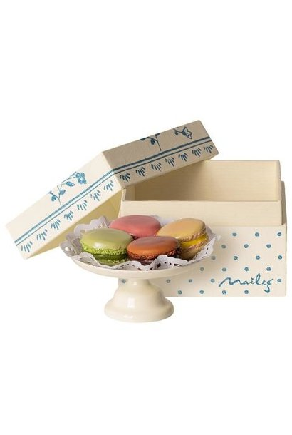 Maileg miniature macarons et chocolat chaud