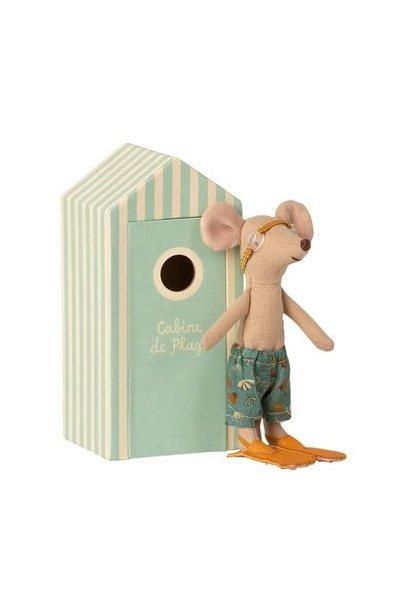 Maileg beach mice big brother in cabin de plage