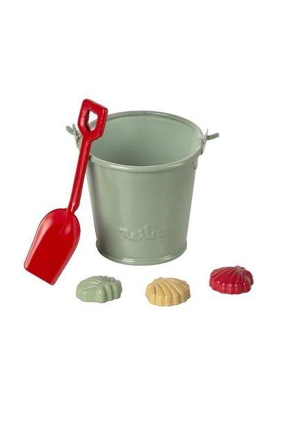 Maileg miniature beach set with shovel, bucket and shells