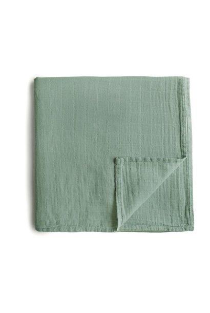 Mushie swaddle roman green