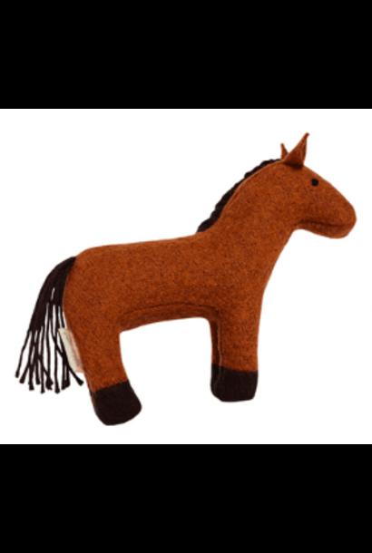 Olli Ella holdie folk animal horse