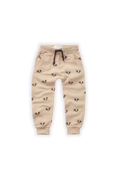 Sproet & Sprout brushed pants badger print nougat