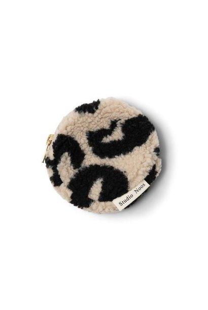 Studio Noos teddy wallet holy cow