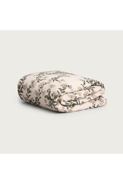 Garbo & Friends filled muslin blanket honeysuckle