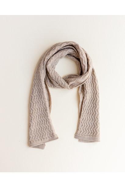 hvid sjaal fredrik sand