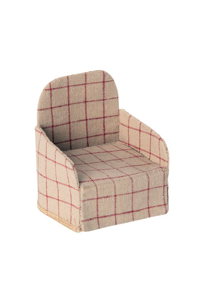 Maileg miniature chair mouse