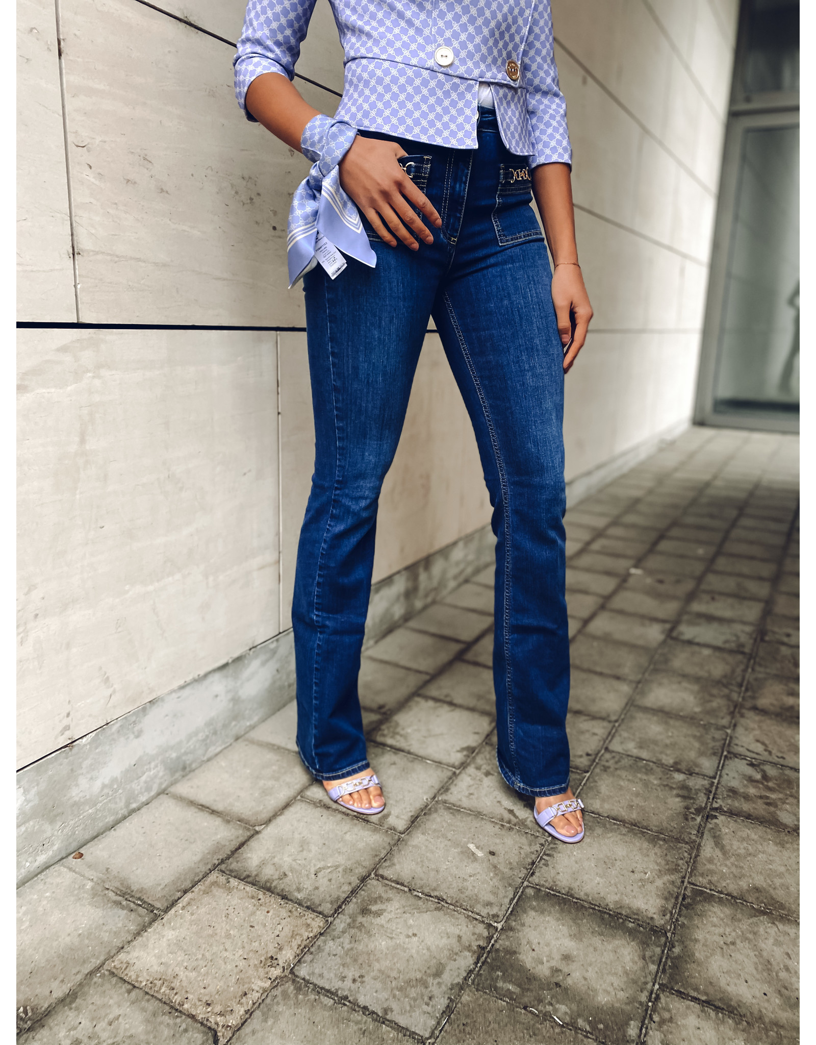 Jeans E. Franchi bootcut + gouden ketting