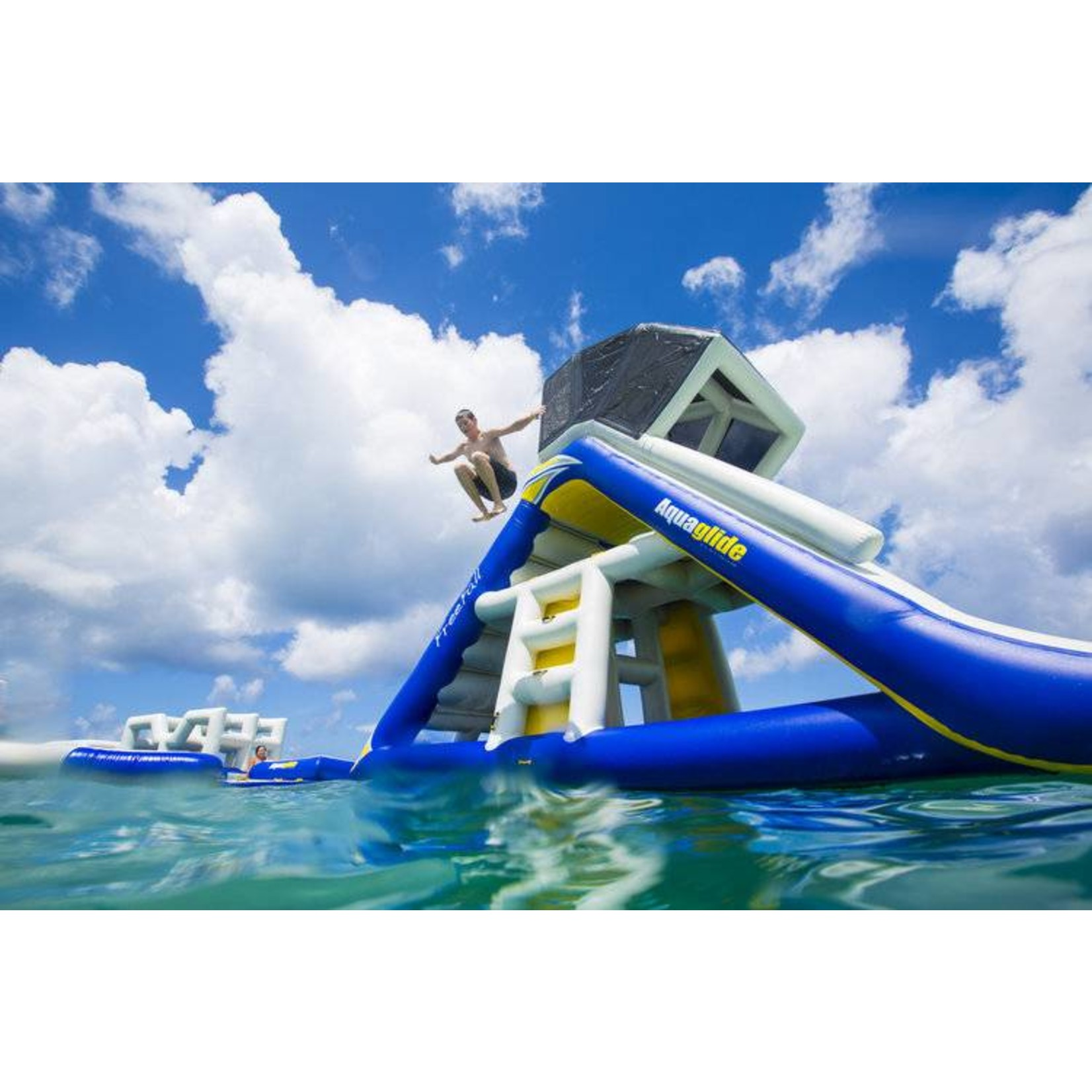 Aquaglide  Freefall Supreme - Climbing ladder