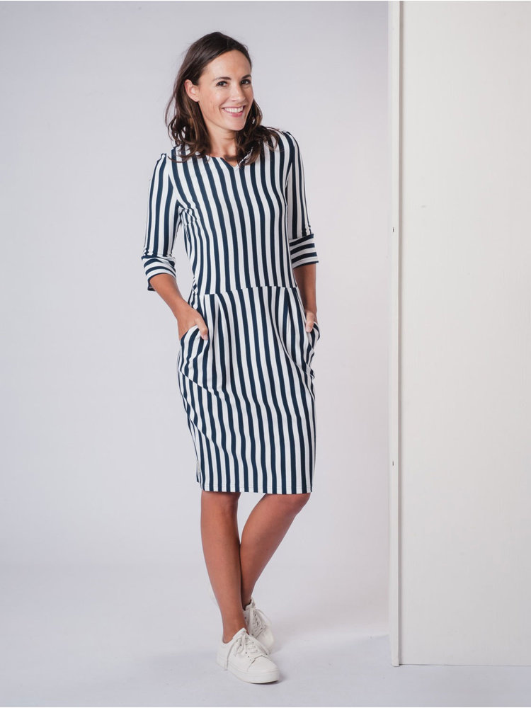 IVY LINN ANITA DRESS STRIPE DARK BLUE