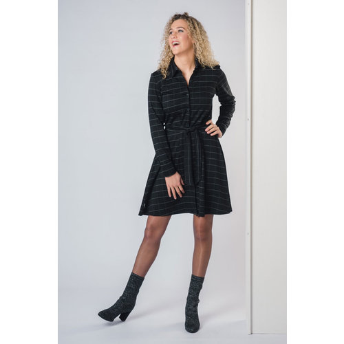 IVY LINN JITSKE DRESS CHECK BLACK