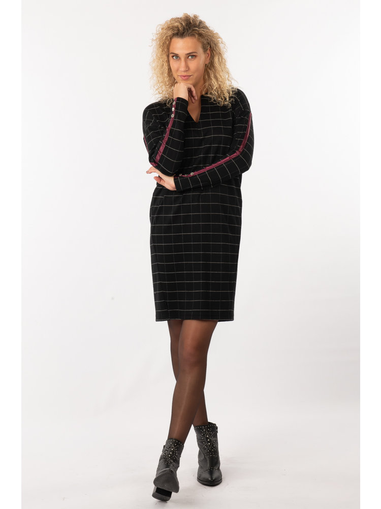 IVY LINN HILDE DRESS CHECK BLACK