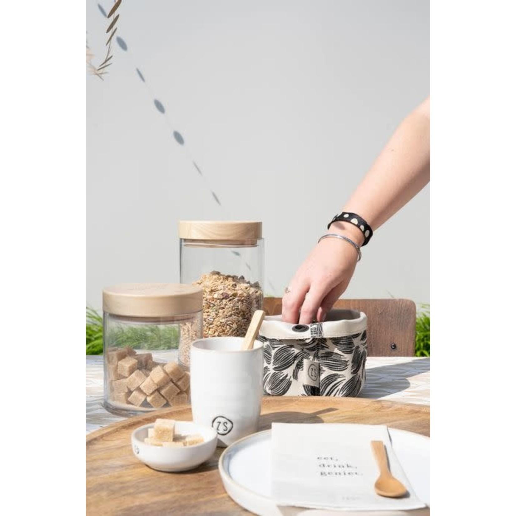 Zusss Zusss | Koffiemok aardewerk wit