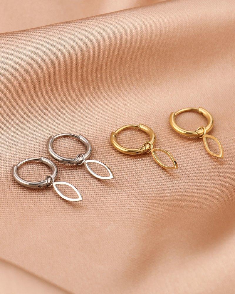 Earrings - Open Oval