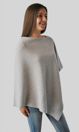 Via Carlotta Cashmere Pipa Light Grey Poncho UITVERKOCHT