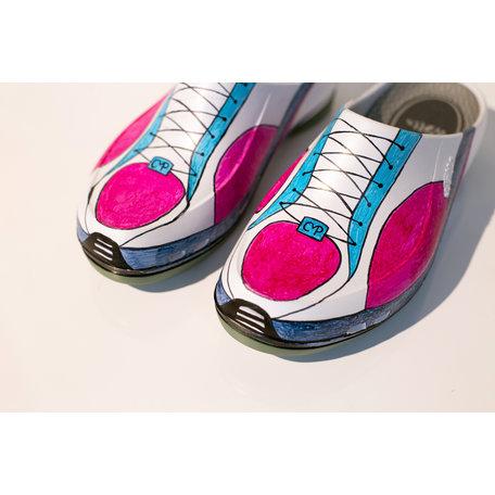 Sneakers | 38