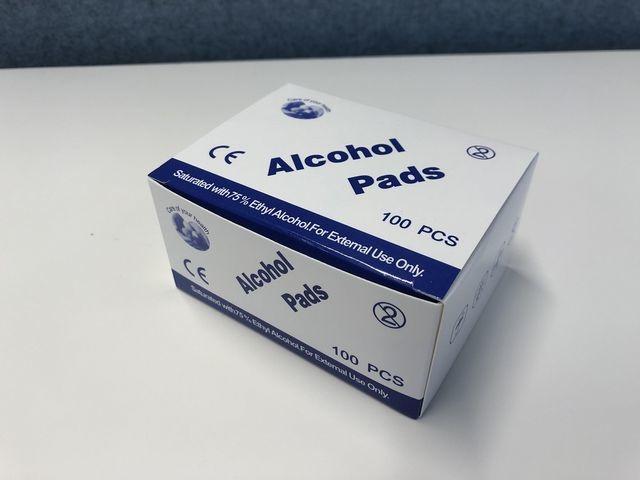 Desinfecterende doekjes met alcohol (pak 100 stuks)
