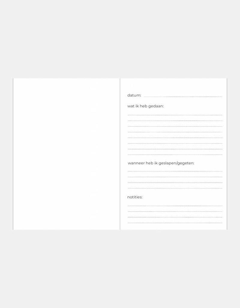 KDV / crèche / oppas / gastouder  boek (marmer  print  blauw)