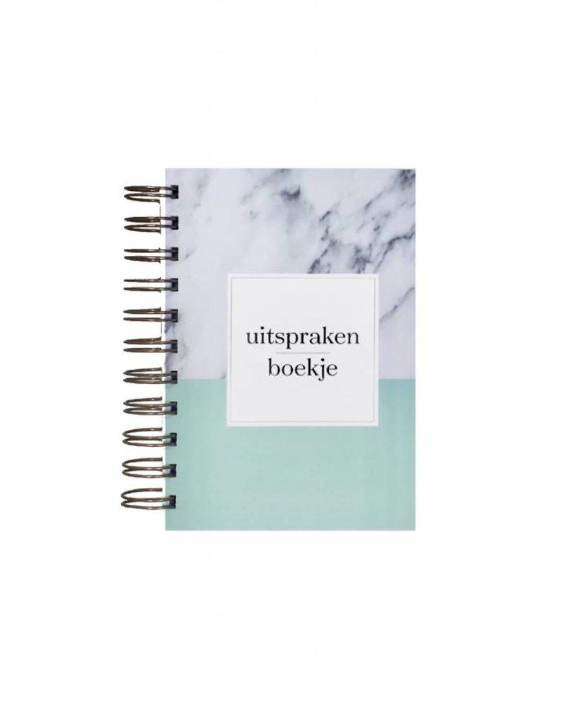 Uitsprakenboekje + eerste woordjes! (marmer print mint)