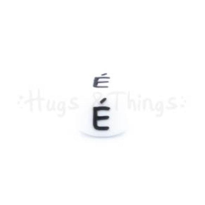 Siliconen kraal met de letter É