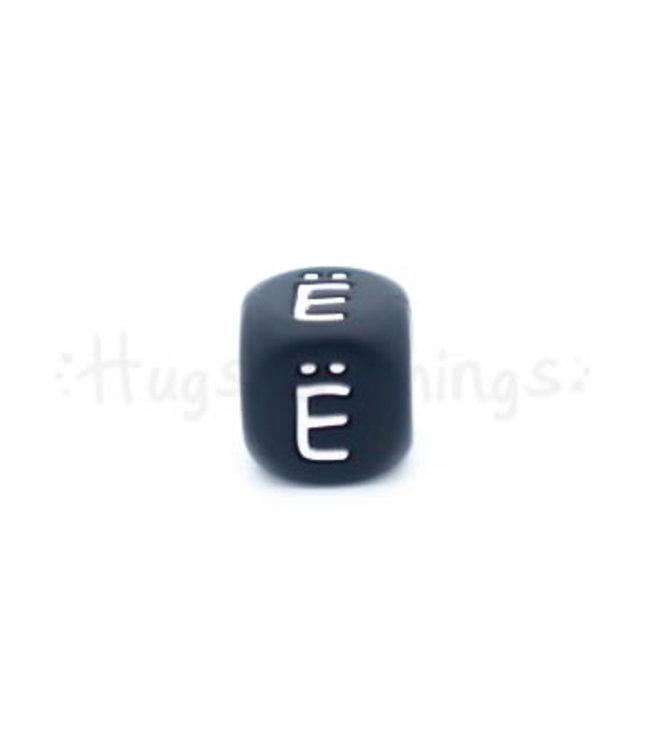 H&T Zwarte siliconen kraal met de letter Ë