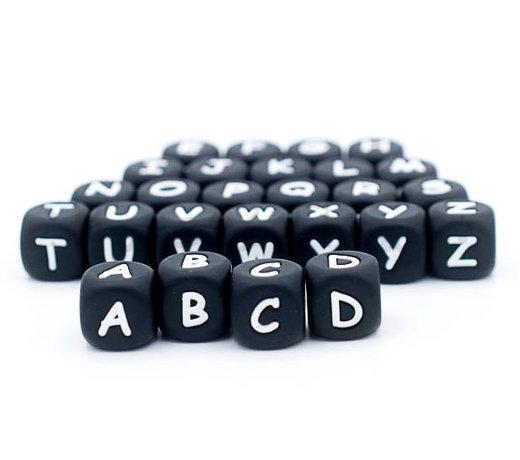 Zwarte siliconen letterkralen van 12mm