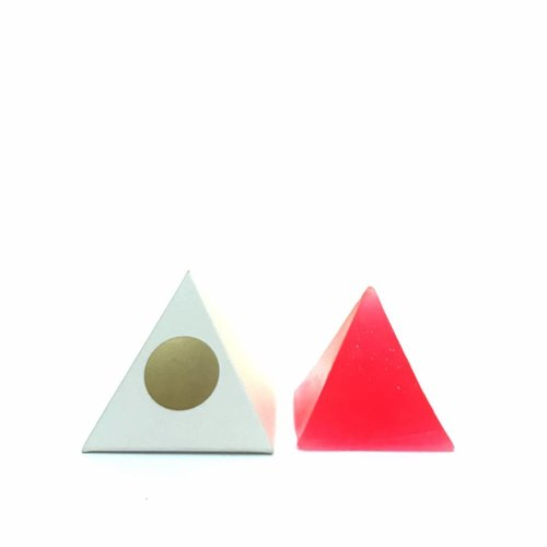 GOLDA by Studio Cuela Pyramid Soap
