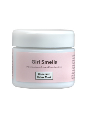 Girl Smells Deo