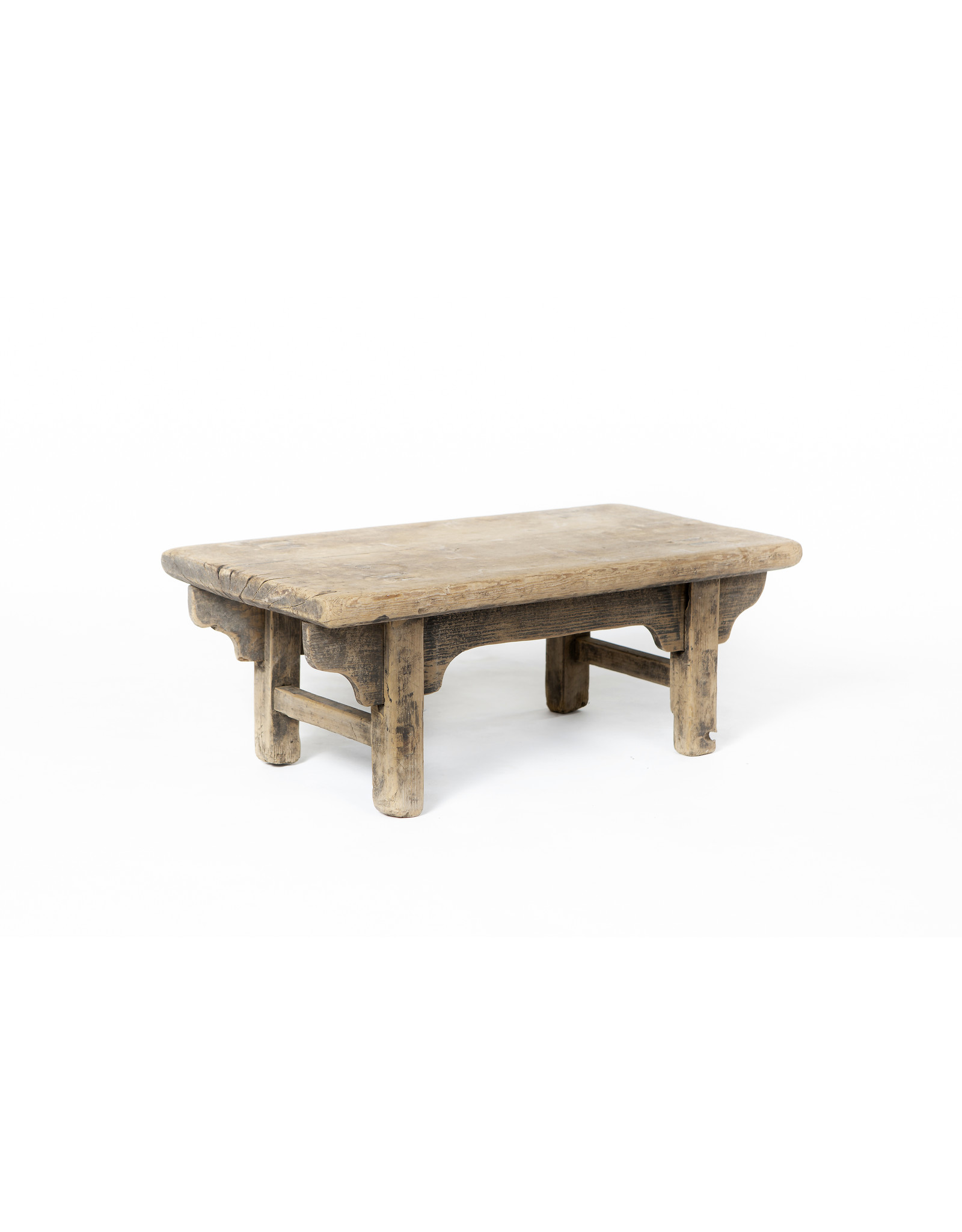 Oude houten Chinese 'Tang' bijzettafel