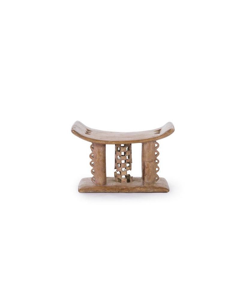 Originele Ashanti krukjes uit Ghana  - Traditioneel  handgesneden Afrikaanse stoel