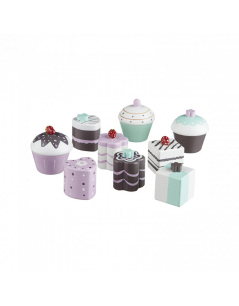 Wooden Toy Cakes 9 Pack