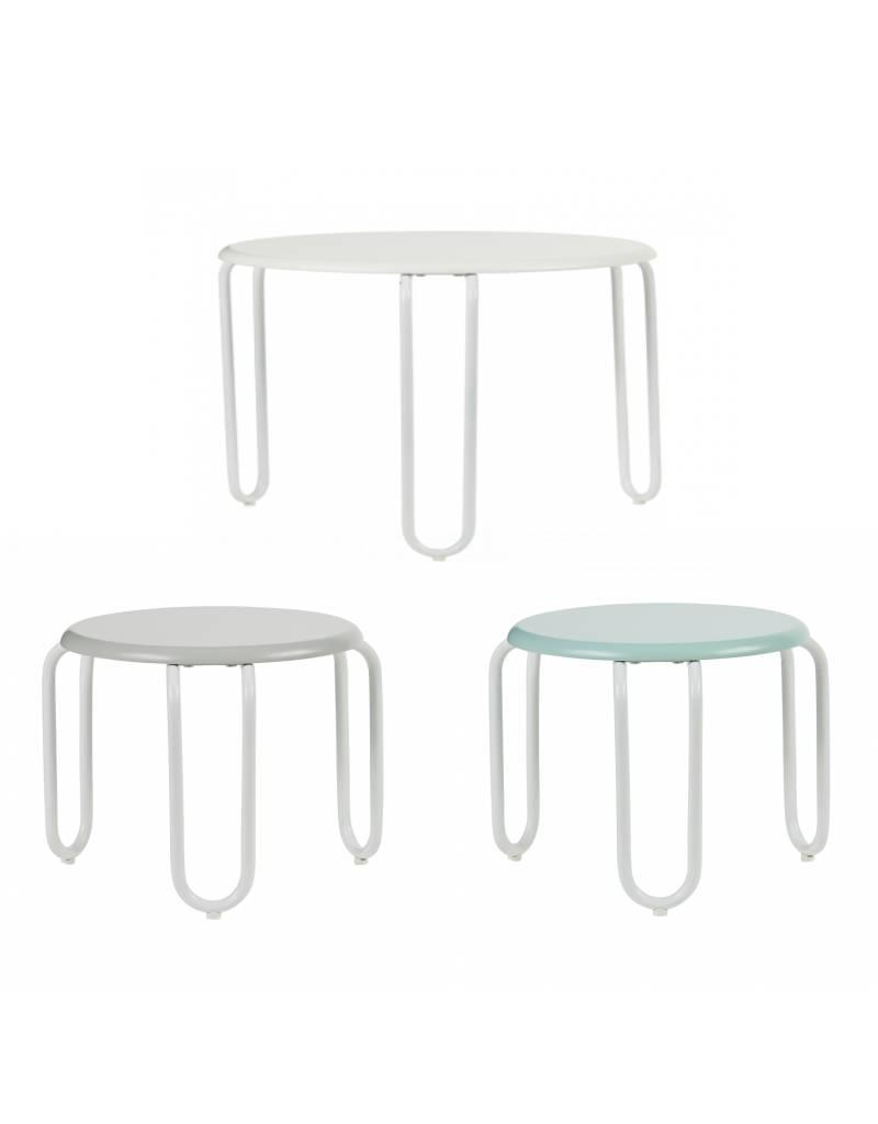 Linus Table & Chairs