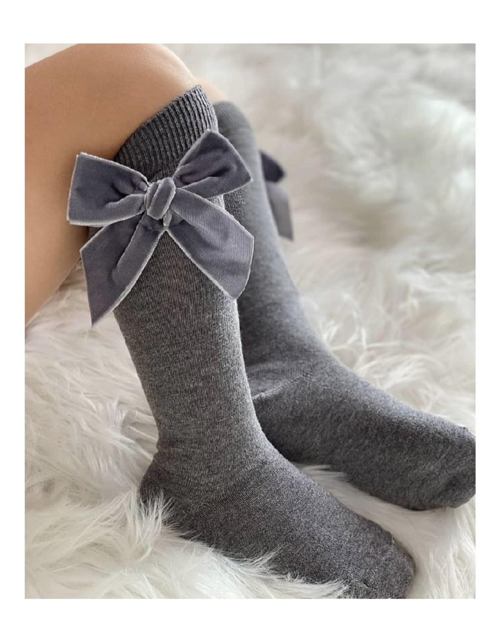 CONDOR Grey Velvet Bow Socks