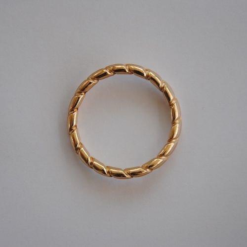 Sandal Ring Gold Classic