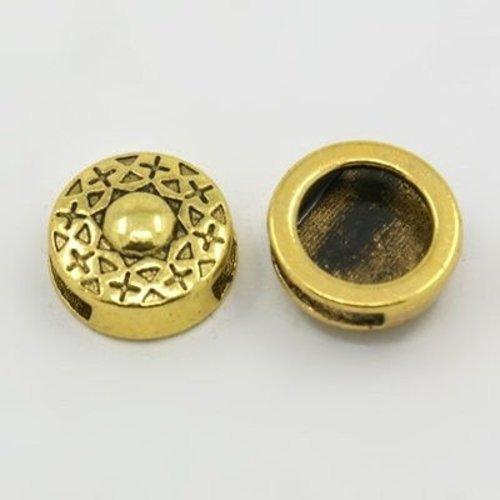 Gold Studd Charm