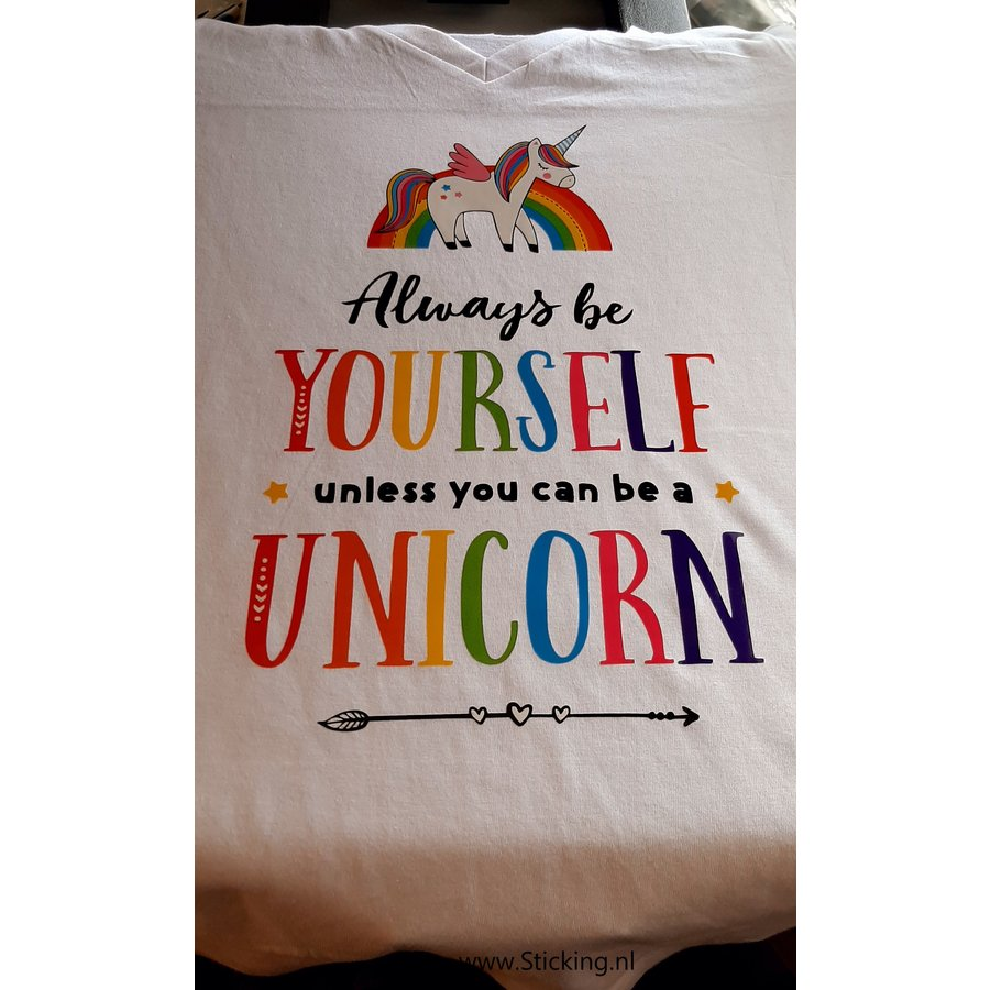 T-Shirt , unicorn-1