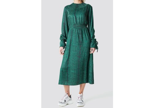NA-KD Rushed Detailed Midi Dress