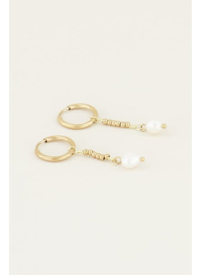 Parel oorbellen met hanger Goud ONESIZE