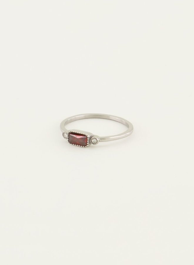 Ring rode steen & diamantjes