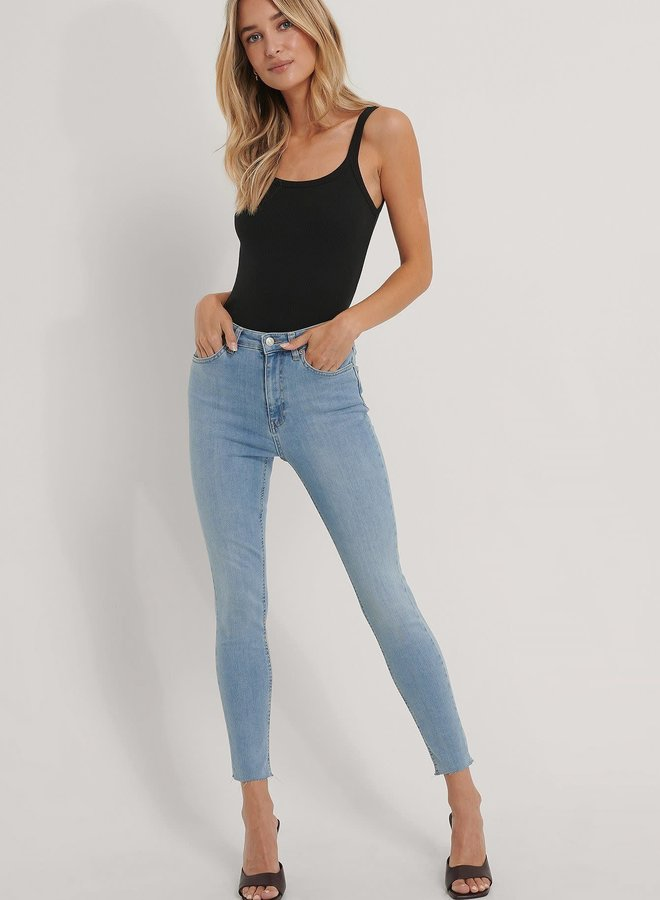 Skinny High Waist Raw Hem Jeans