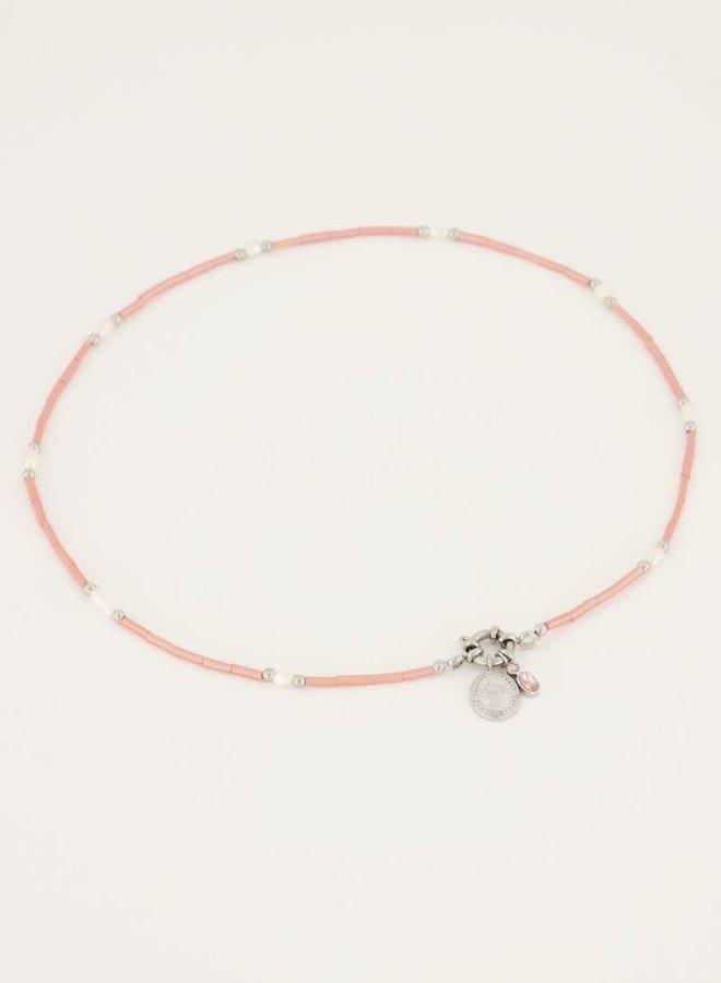Roze kralen ketting met slotje