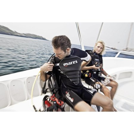 Mares Mares Reef 2.5mm She Dives shorty wetsuit