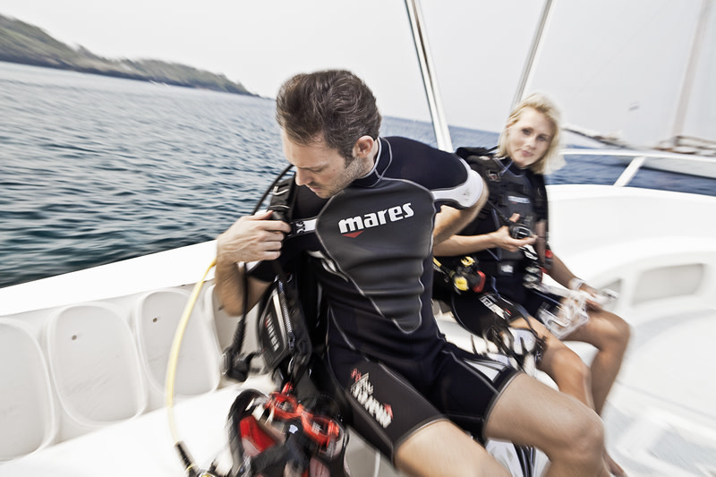 Mares Reef 2.5mm She Dives shorty wetsuit-4