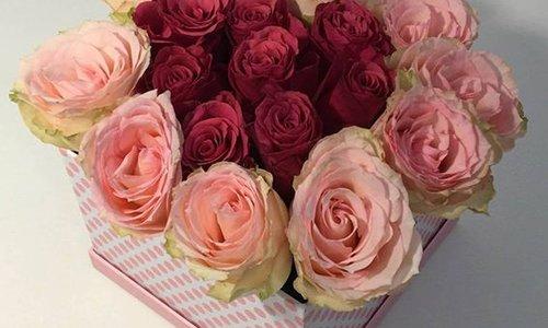 Doe het zelf: Een bloemendoos met verse rozen