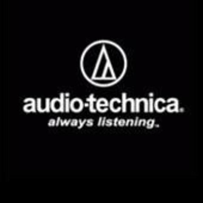 Audio-Technica AT4041 industry standard cardio condensor mic